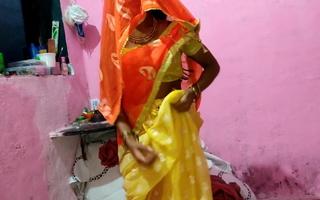 Desi bhabhi has fast sex encircling her boss