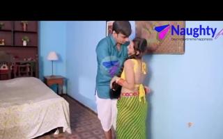 Hot Indian aunty tempts young devar