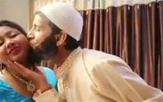 Hindu Aunty fucked at the end of one's tether Muslim scholar