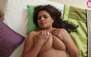 Desi old uncle apropos sexy milf mature lady in romance. Beamy boobs