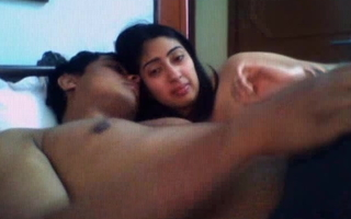 Indian desi gf Anamika sucking, giving a kiss and handjob to bf