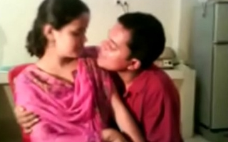 Indian Village Girl Screwed and Hot Kissed unconnected with Loved Porn Video