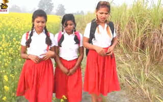 Outdoor schoolgirl sex operation love affair with Hindi audio (India)