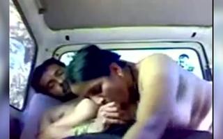 Horny Marathi Aunty fucking inside car nigh Boyfriend