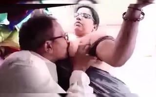 Kannada Grown up Milf Aunty's Affair with Tailor – Boobs Sucked