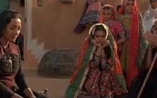 Bollywood Actress Radhika Apte – Naked Sex Movie
