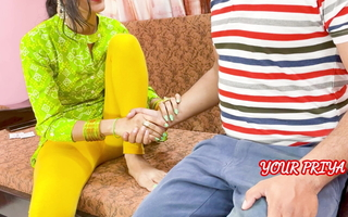 YourPriya Behan gives first experience to bhai to dump say no to GF