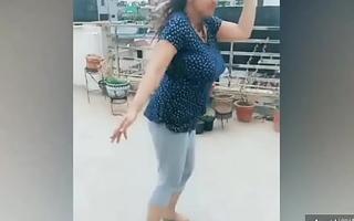 Busty Bhabhi Live