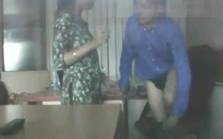 Desi Bhabhi Has Sex in Office In Boss, Mms interconnected