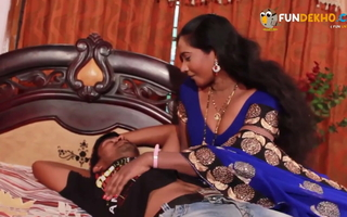 Aunty ko nanga karke choda - Indian downcast Aunty