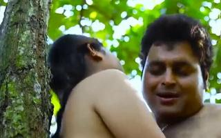Desi sexy Aurat ke Jungle me Nakhre Hindi sex