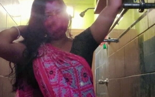 Desi randi BBC slut Arpita stripping out of her saree together with showing it all