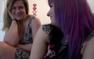 Thick Mummies Share Bushwa - Sabrina Violet and Clover Baltimore - Distance Mend - Alex Adams