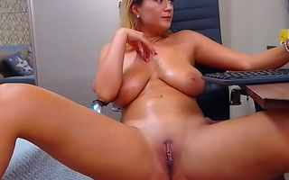 Beamy Tits Camgirl Milf Teasing