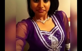 Tamil Canadian Girl Trickled Private Pictures Part 1