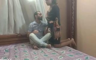 Desi Bengali Sexy girl ko car-card ka liye Boss ne Choda,
