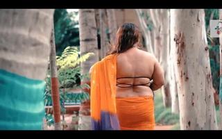 Leena (Bangladesh) Debut Episode in Rainbow Saree