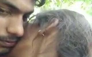 Jija Sali – kissing and romance in jungle