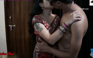 Slim Indian Hotwife Upon a Saree Fucked by Hubby & still wants More