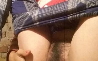 Slurps Uppity school unfocused pussy licking