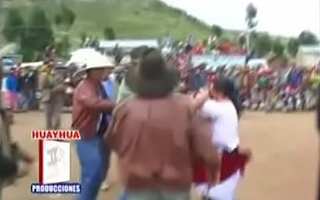 Peruvian Catfight