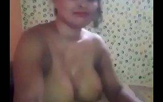 My desi harpy bhabhi deeptroat sucking and takes cum in mouth