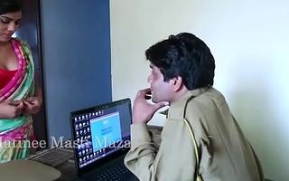 Hot Indian short films - Young Indian Bhabhi Seduced By A Jurisdiction Man (new)