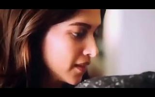 Bollywood Deepika Padukone Plus Ranbir Kapoor Tamasha Movie kissing Video