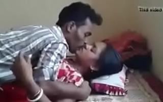 Desi-sex-videos-village-bhabhi-with-tenant 1509267154747