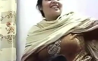 Pakishtani maw sex relating to Shop Owner