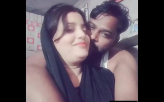 Sometimes Exclusive- Titillating take along to role Desi Couple Romance tongues indian